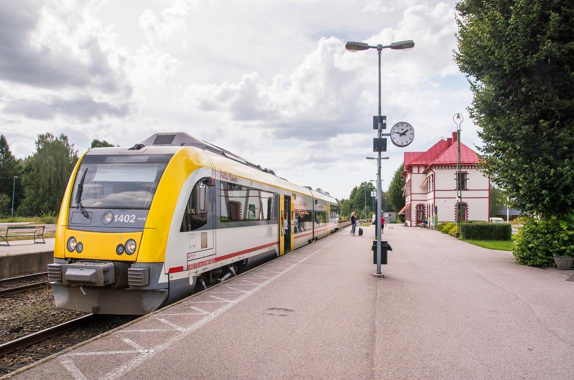 tåg stockholm oskarshamn
