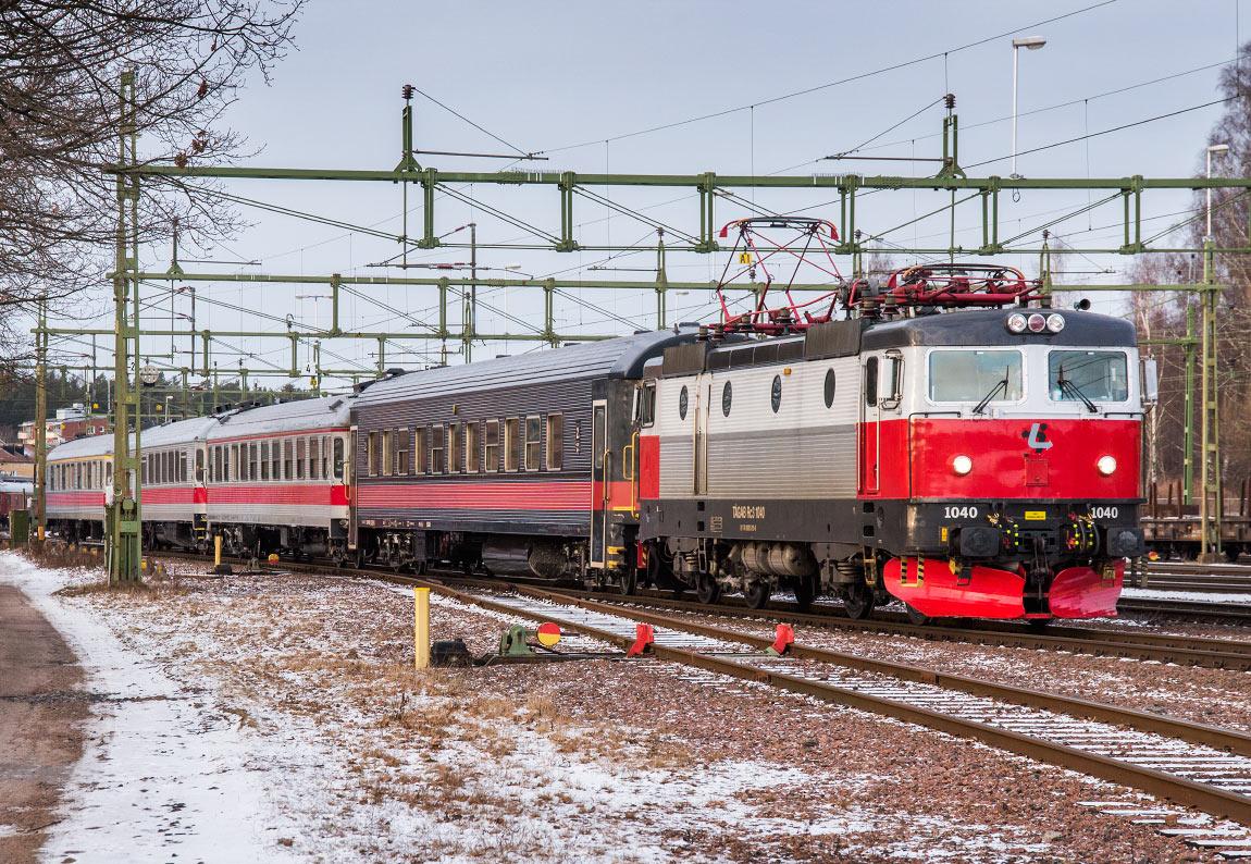 tåg från stockholm till kristinehamn